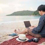 digital nomad travelling